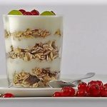 plain yogurt layers with fruit and rolled oats