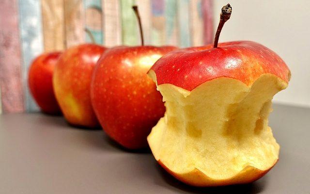 Enjoy an Apple for Health