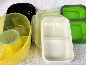 food containers with dividers
